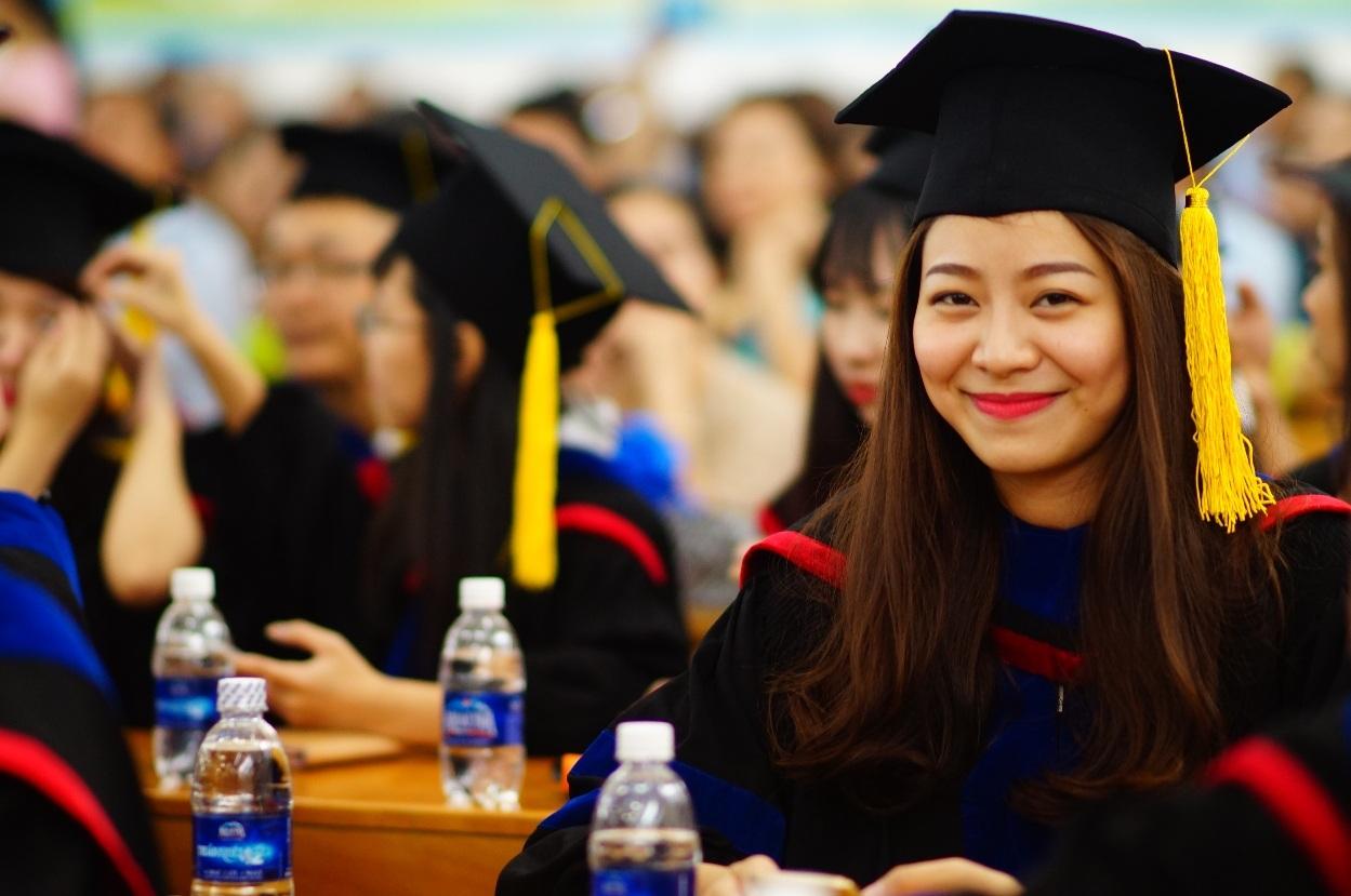 Giảng viên là các giáo sư hàng đầu của Hoa Kỳ trong lĩnh vực Quản trị kinh doanh