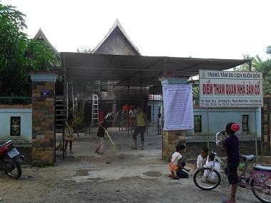 """Tang lễ """"vua voi"""" Ama Kông được tổ chức theo phong tục địa phương"""