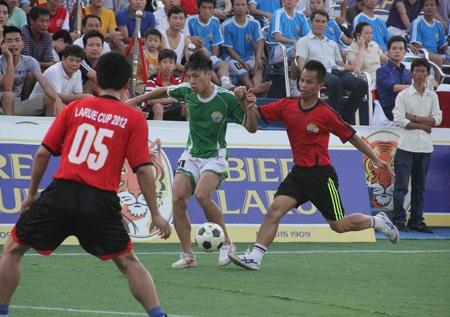 Giải bóng đá Larue Cup 2012 để lại những ấn tượng sâu đậm với người hâm mộ