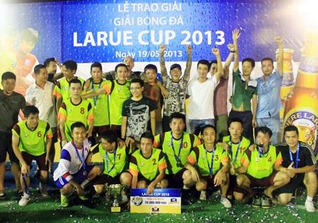Giải bóng đá mini Hà Nội - Larue Cup là sân chơi mang nhiều ý nghĩa