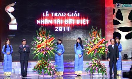 Nhân tài đất Việt - Chắp cánh khát khao sáng tạo - 12