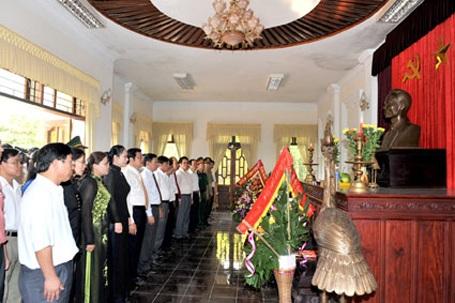 Long trọng kỷ niệm 66 năm Cách mạng Tháng Tám và Quốc khánh 2/9 - 3
