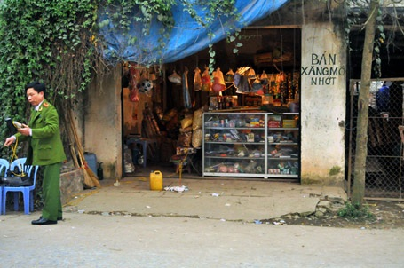 Hà Nội: Bà chủ quán tạp hóa mất mạng vì đòi nợ… 5.000 đồng