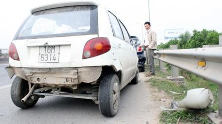 Hai chiếc xe bị hư hỏng nặng nhất