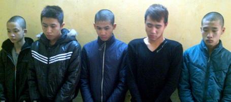 Nhóm cướp tuổi teen bị bắt giữ.