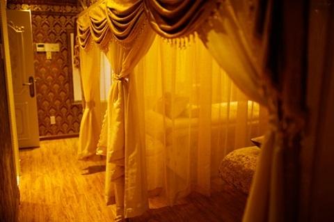 Phòng ngủ thiết kế mơ màng như của công chúa trong chuyện cổ tích