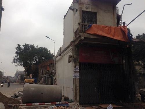 Ngôi nhà 8b Lê Trực là nút thắt cuối cùng trong dự án đường Trần Phú - Kim Mã
