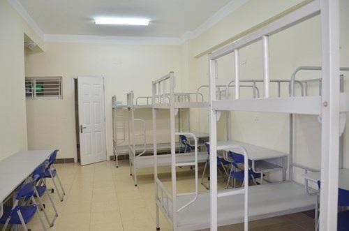 Sĩ tử và người nhà được ở trọ trong chung cư với giá 30.000 đồng trong suốt đợt thi