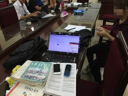 Một trong hai người đọc lời giải là Lê Thị Thuỳ L. là sinh viên của trường Đại học Quốc Gia Hà Nội