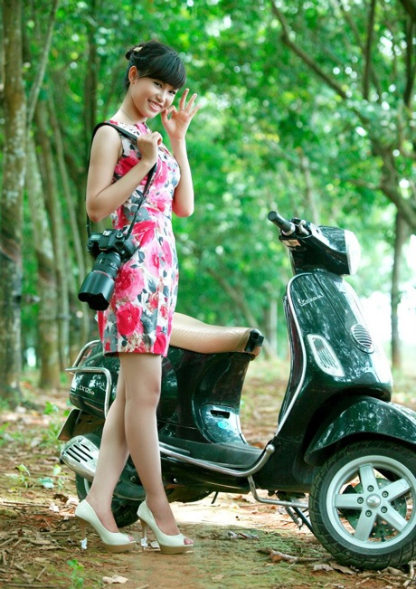 Phí Vân Hồng (HV Tài chính)