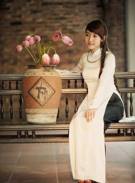 Lưu Thu Hương (ĐH Phương Đông)