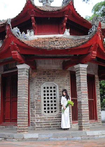 """Bìa sách """"Vị hôn"""" - tập truyện ngắn sắp xuất bản của Linh Kô I."""
