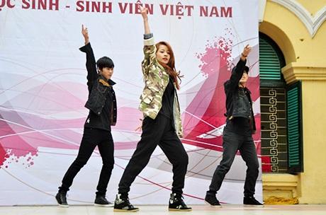 Vũ đạo Gangnam style vui nhộn