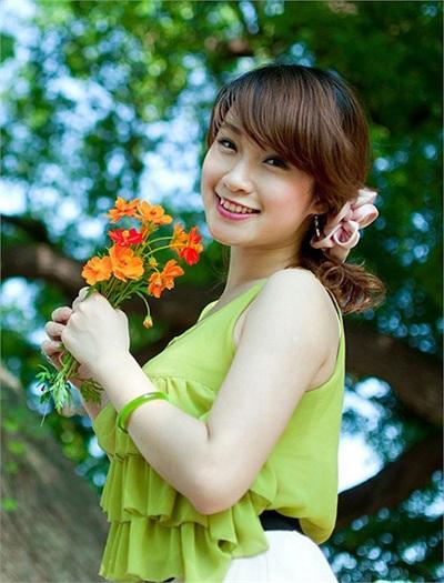 Vẻ đẹp hút hồn của hoa khôi sinh viên Việt tại Đài Loan