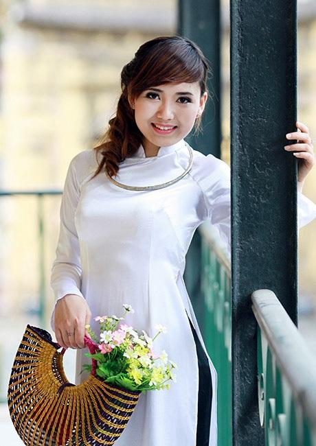 Phạm Thị Hoa - K10C