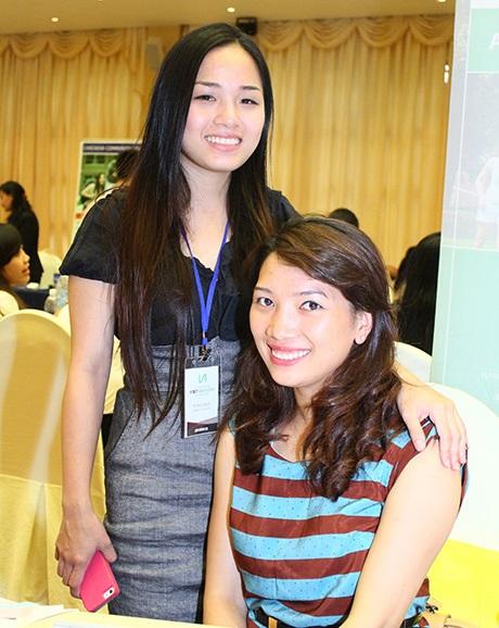Hai nữ sinh trường ĐH