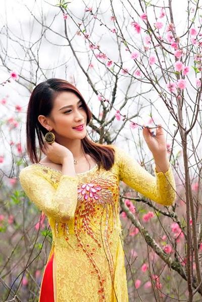 Á khôi Imiss Vân Quỳnh.