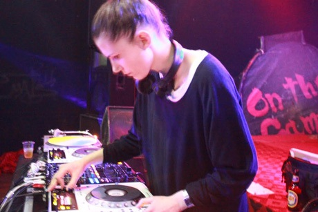 DJ nổi tiếng Thụy Điển ấn tượng trong đêm nhạc về bình đẳng giới