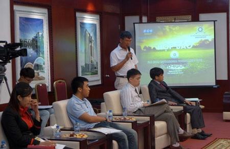 Ông Lê Đình Vinh, Phó Chủ tịch HĐQT FLC Group phát biểu tại lễ họp báo