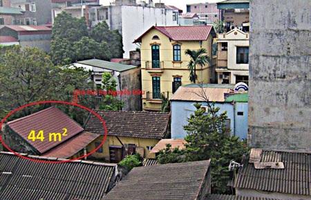 Khu nhà thờ dòng họ Nguyễn Hữu đang bị xẻ thịt