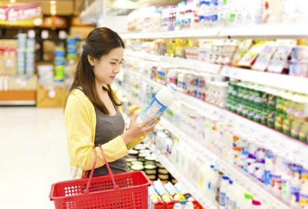 Khi hiểu rõ hơn về sữa nước sẽ giúp người tiêu dùng lựa chọn phù hợp hơn (Ảnh minh họa)