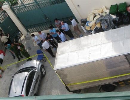 Hiện trường vụ nổ tại Tổng Lãnh sự quán Mỹ ở TPHCM