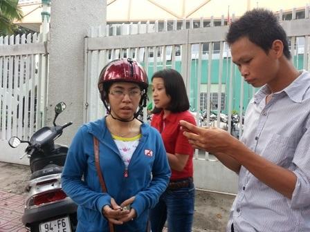Chị Trân kể lại giây phút bị giật chiếc điện thoại iPhone 5