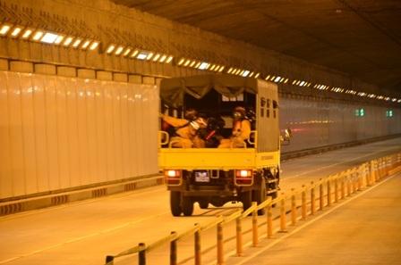 Lực lượng cứu hộ của đường hầmcó mặt