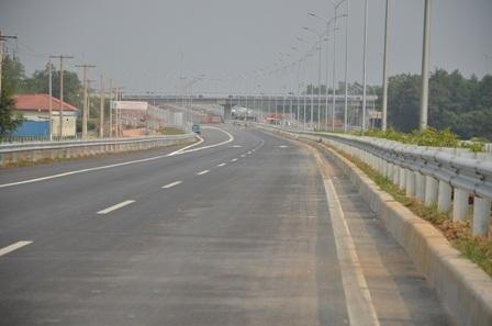 20 km đầu tiên của tuyến cao tốc TPHCM - Long Thành - Dầu Giây sắp đưa vào sử dụng