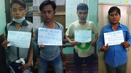 Các đối tượng được đầu nậu thuê giao nhận xe gian bị bắt giữ