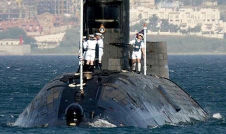 Tàu ngầm HMS Tireless của Anh đã bị rò rỉ phóng xạ