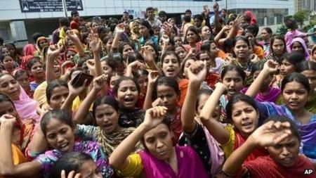 Các công nhân dệt may Bangladesh liên tục biểu tình những ngày qua