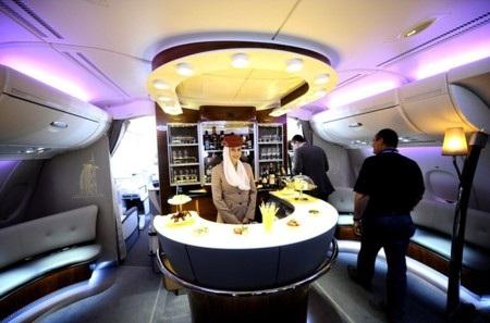 1. Emirates (thứ hạng 2012: 8)