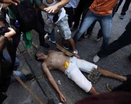 Một ngân hàng tại Rio bị cướp phá