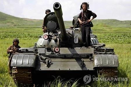 Triều Tiên được cho là đang sở hữu 4200 xe tăng
