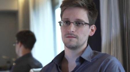 Edward Snowden vẫn đang ở Hong Kong