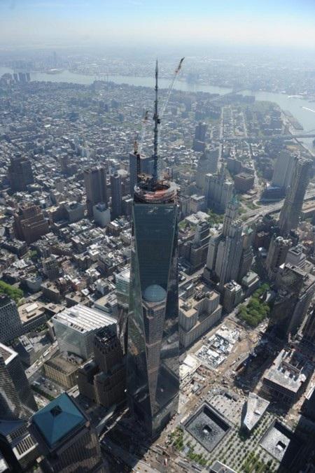 Tòa tháp One World Trade Center đã sắp hoàn thiện tại nơi 2 tòa tháp bị khủng bố