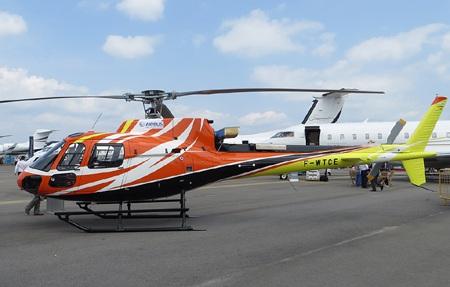 Một chiếcAS350 cũng của Eurocopter