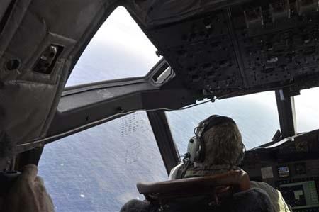 Vùng biển thu được tín hiệu nghi của MH370 đang ngày càng thu hẹp