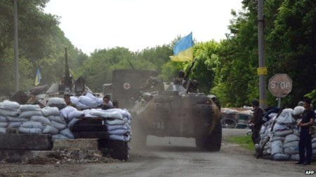 Quân đội Ukraine vẫn đang tiếp tục chiến dịch trấn áp người ly khai