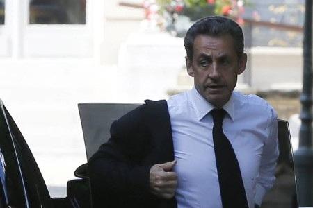 Cựu Tổng thống Pháp Sarkozy đã bị cảnh sát bắt giữ và thẩm vấn