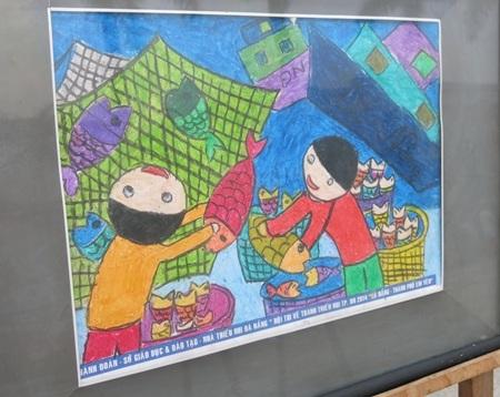 """Học sinh thi vẽ tranh """"Thành phố em yêu"""""""
