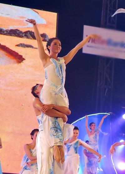 Chương trình nghệ thuật lắng đọng lòng người khép lại Festival đậm bản sắc văn hóa biển