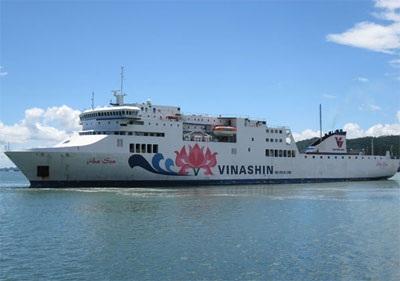 Hoa Sen là một trong số 5 con tàu tai tiếng của Vinashinlines bị lưu giữ