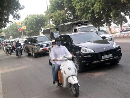 Nghị định mới của Chính phủ đã giảm nhẹ mức phạt xe không chính chủ