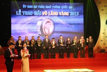 10 doanh nghiệp vận tải được tôn vinh trong lễ trao giải Vô lăng vàng