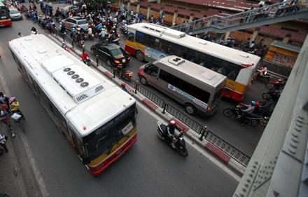 Trong thời gian kiểm tra vi phạm, xe buýt sẽ bị giám sát bằng hình ảnh