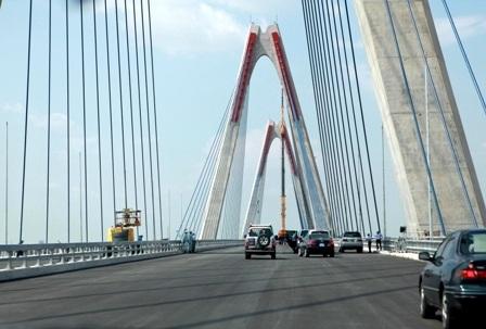 Tên cầu Nhật Tân sẽ không thay đổi nhưng trên bảng tên sẽ có thêm dòng chữ cầu Hữu nghị Việt - Nhật