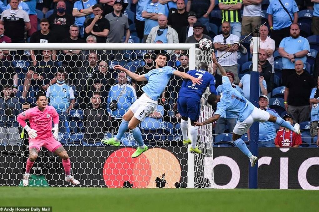 Lịch thi đấu bóng đá châu Âu cuối tuần: Chelsea đại chiến Man City