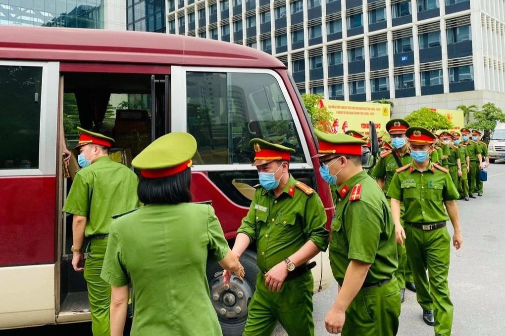 Bộ Công an đã huy động hơn 100.000 cán bộ, chiến sĩ tham gia chống dịch